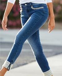 model wearing pearl embellished ankle jean.