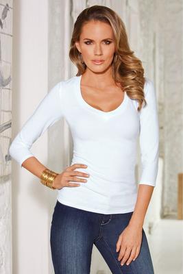 so sexy™ three-quarter sleeve v-neck top