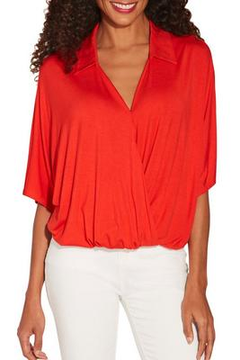 Display product reviews for Collared surplice top