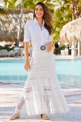 Display product reviews for Long lace maxi skirt