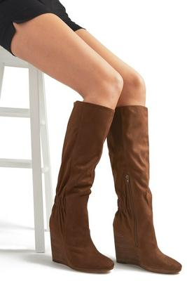 Cinched Back Wedge Boot