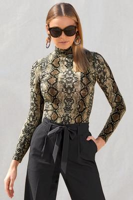 Display product reviews for Snake Print Turtleneck Top