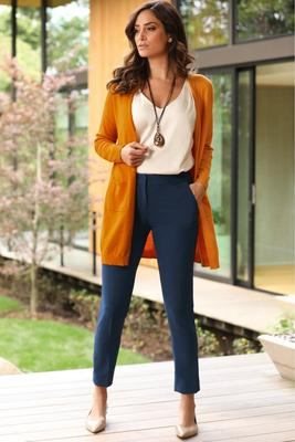 Display product reviews for Chic Crepe Slim-Leg Pant