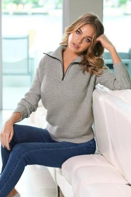 Display product reviews for Polo Half-Zipped Sweater