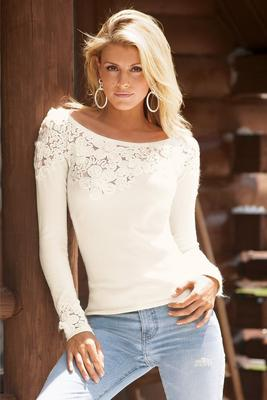 Floral Appliqué Long-Sleeve Sweater