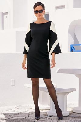 Display product reviews for Beyond Travel™ Color Block Flare-Sleeve Dress