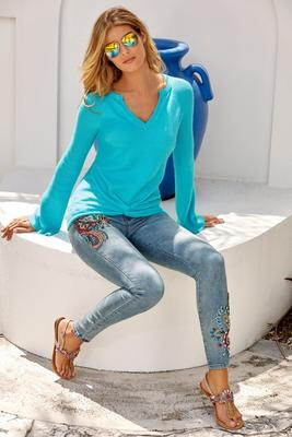 Paisley Embellished Ankle Jean