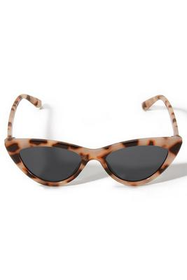 Brown Cat-Eye Tortoiseshell Sunglasses