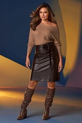 Display product reviews for Tie-Waist Faux-Leather A-Line Skirt