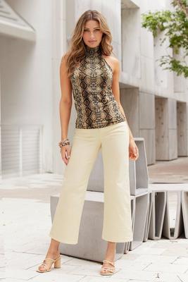 Wide-Leg Mid-Rise Crop Jean