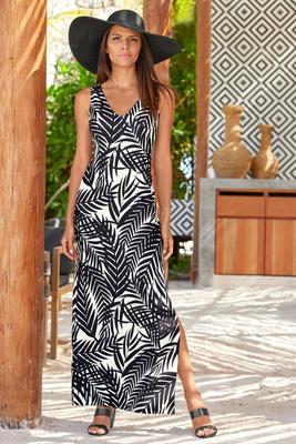 Beyond Travel™ V-Neck Palm Print Maxi Dress