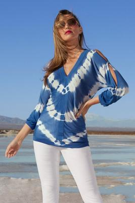 tie-dye slit sleeve sweater