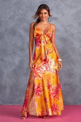 Exploded Flower Charm Maxi Dress