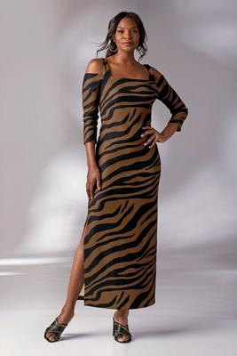 Display product reviews for Beyond Travel™ Printed Cold-Shoulder Maxi Dress