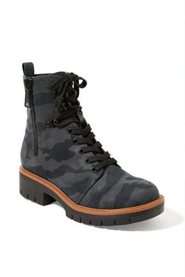 lace-up camo combat boot