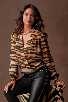 Display product reviews for Animal Print Surplice Top