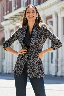 Display product reviews for Beyond Travel Animal Boyfriend Blazer