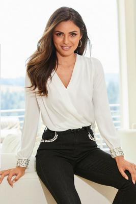 Display product reviews for Pearl Cuff Surplice Blouse