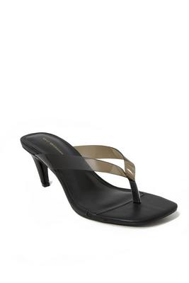 low-heeled thong sandal