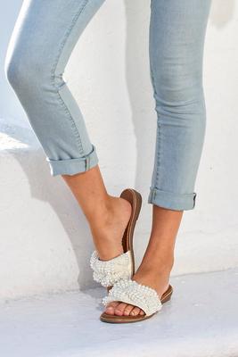 mixed pearl embellished sandal