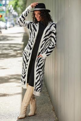 Zebra Jacquard Duster